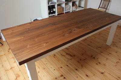 Tisch aus Ami Nussbaum